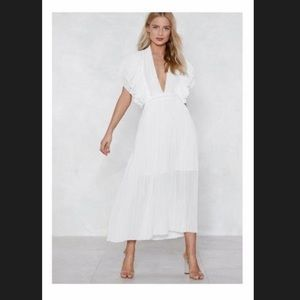 Nasty Gal Backstage Pleated Midi Dress